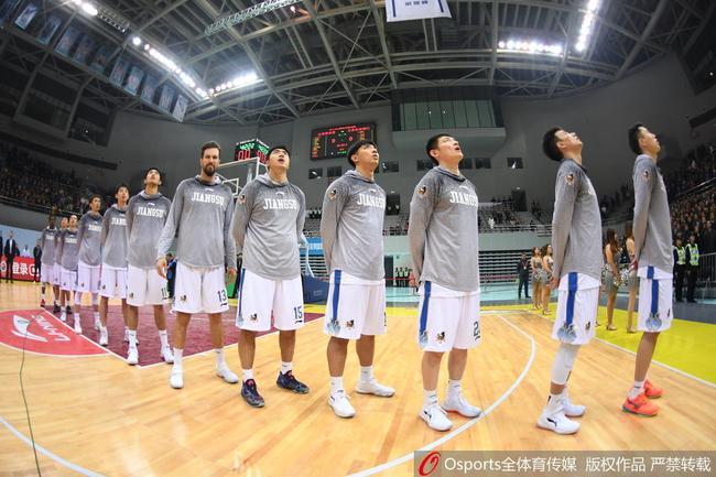 江苏肯帝亚男篮是本赛季前半程竞赛最大的黑马
