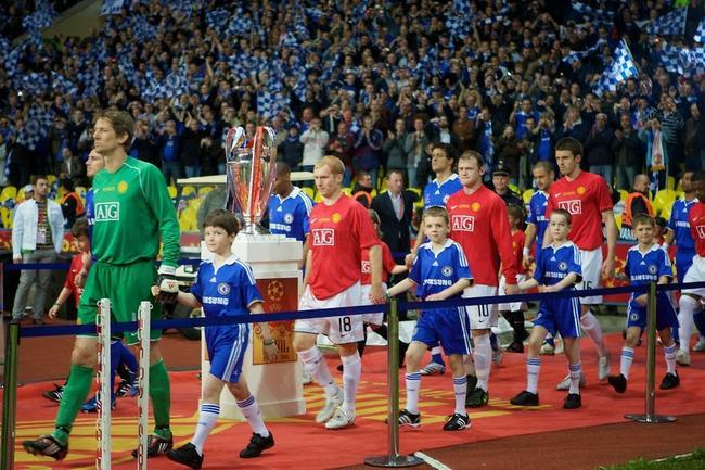 08年的欧冠决赛是英超内战