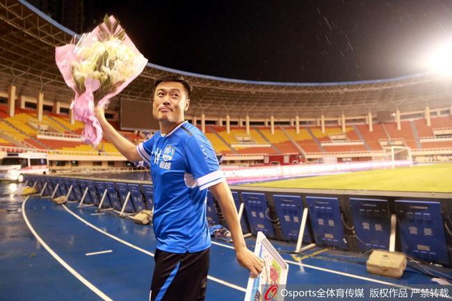 胡兆军:退役与球迷矛盾无关 现在孩子环境太好