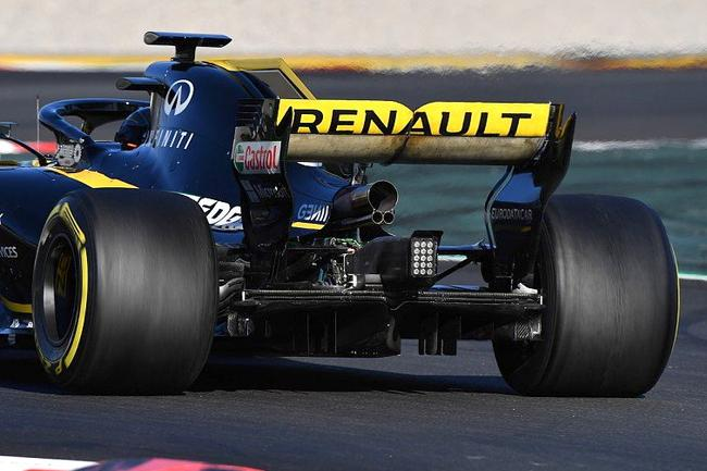 雷诺新车RS16的尾部设计