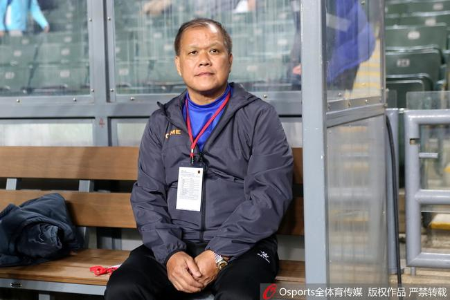 省港杯部分香港球迷送嘘声 广东主帅:受了些干扰