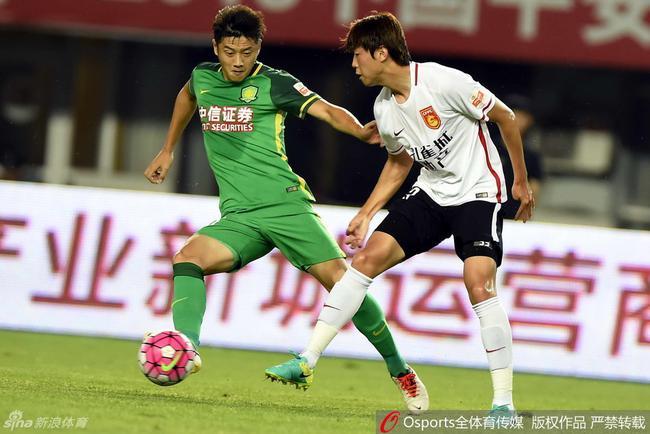张辛昕微博宣布退役:换种方式为中国足球出力