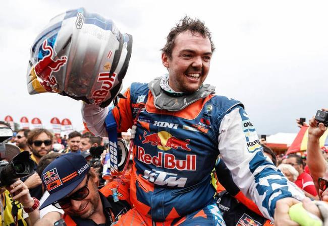 沃克纳为KTM车队夺冠