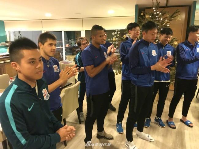 全国锦标赛申花U17队获亚军 西班牙教练带队获肯定