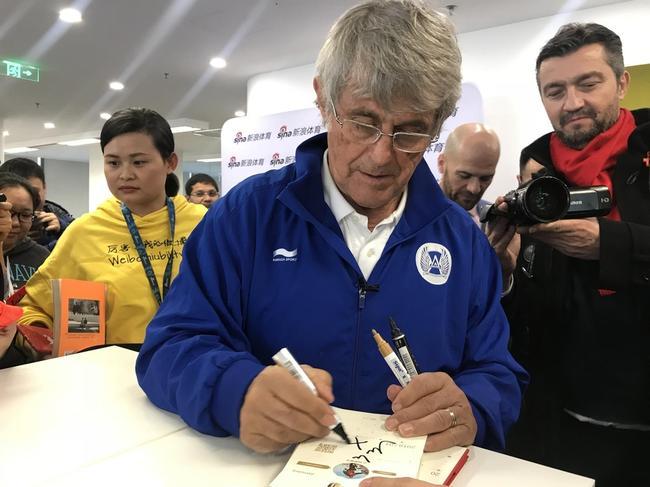 米卢仍牵挂中国足球