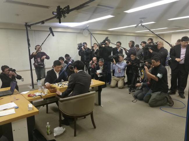 日本媒体太希望井山裕太能赢了