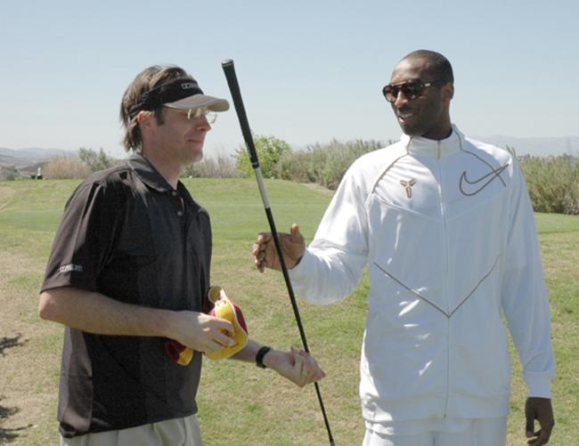 科比退役后会拿起高尔夫球杆吗?