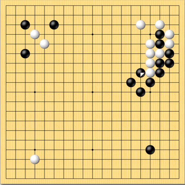 """韩日最强AI战首局 石子旋风""""复仇""""DeepZenGo"""
