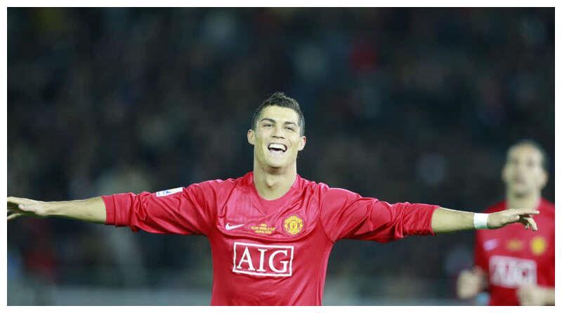 国际足球丨C罗将再穿曼联7号球衣