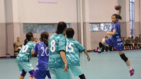 """手球為何能成為上海校園里的""""大戶"""""""
