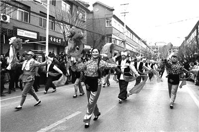 今年春节陕西旅游又火了 各地节庆活动精彩纷呈