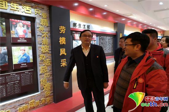 改革开放40周年 青年网络名人看三秦今昔巨变