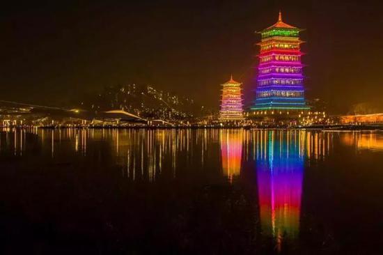 同时,陕西出台《关中平原城市群发展规划》实施方案指出: