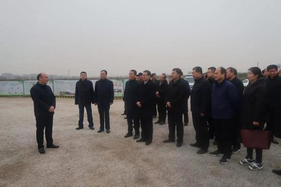 临潼区长王浩带队赴高陵区参观学习乡村振兴工作