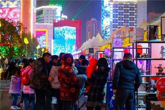 开放包容与城市创新相结合 西安高新嘉会坊全力打造综合示范街