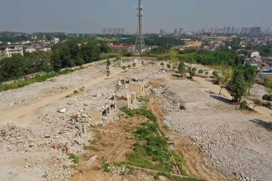 违建别墅已基本拆除完毕。新京报拍者 摄