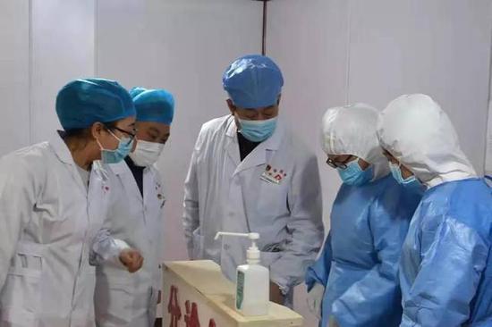 泾河新城孟泾平:医护人员就要冲在疫情防护最前线!