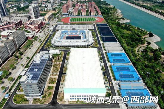陕西省杨凌网球运动中心顺利完成竣工验收。