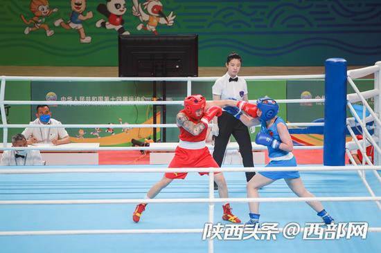 6月7日下午,十四运会拳击测试赛在榆开赛。