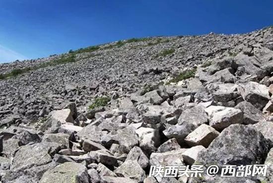 第四纪冰川遗迹石海。