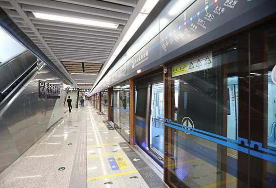 西安地铁1号线二期的4个站,3个在能源金贸区!