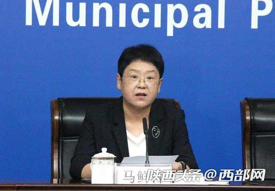 西安市副市长、高新区党工委书记马鲜萍。
