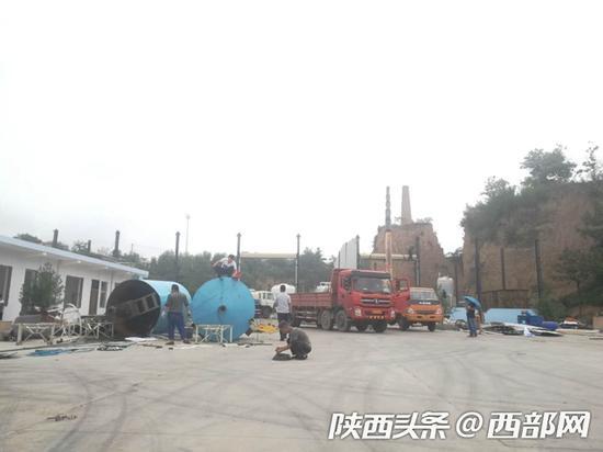 临潼拆除秦岭违建51处复耕13处,边拆边改生态恢复加速。