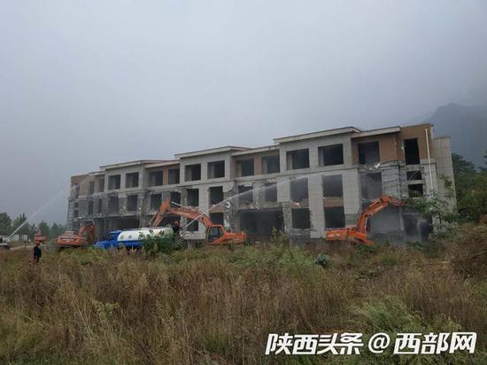 西安航路管制中心—九九老年公寓项目拆除现场。
