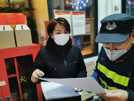 舍小家为大家,她把曲江新区11个社区抗疫工作安排得明明白白