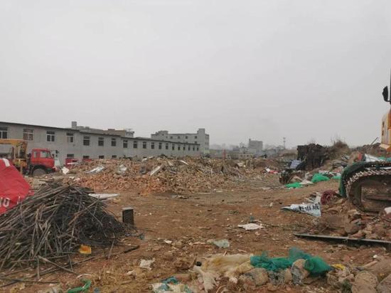 保护杜陵遗址 曲江新区重拳出击拆除三兆村1.2万㎡违法建筑