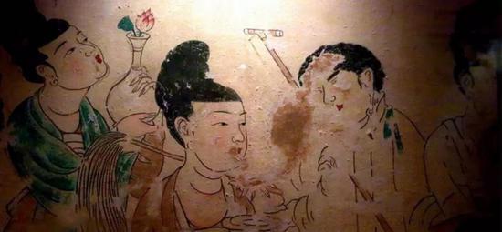 白粉面妆早期非常流行