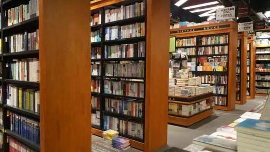 西西弗书店:为大众阅读留一盏灯