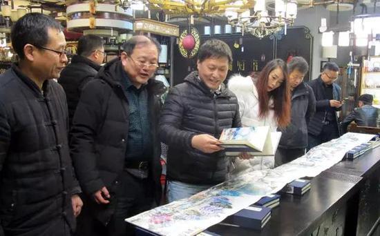 叠彩艺术的生命展现 袁斌艺术成果展在西安举行