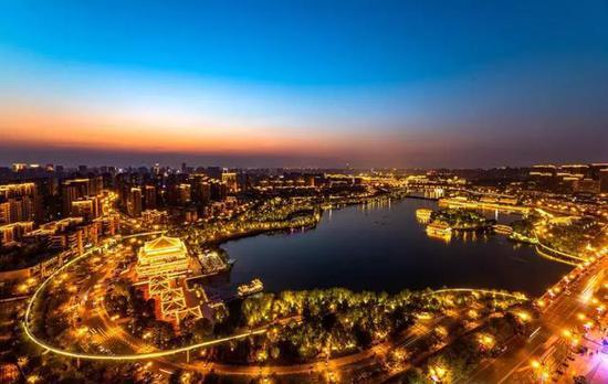 """今年""""十一"""",潘�^雄西安旅游是否能再��佳�?"""