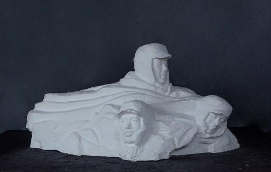 西安交大毕业生设计红色主题雕塑作品庆祝建党百年