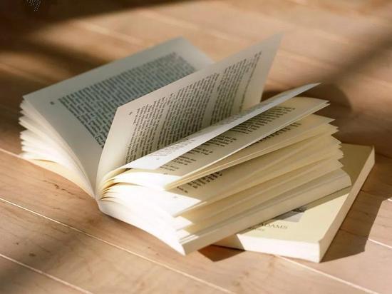 中华民族有着悠久的读书传统