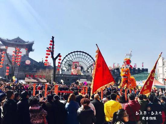 白鹿仓春节旅游持续火爆 接待人数居西安市榜首