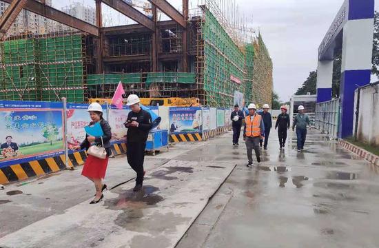 西安经开区加强建筑工地管理  全力巩固创卫成果