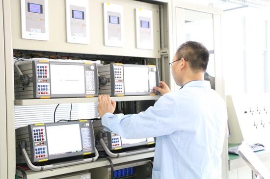 国网陕西电科院举行媒体开放日活动 近距离感受智能电网新科技