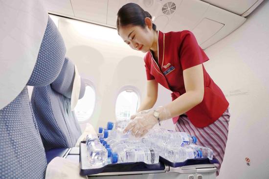 暑运高峰来临 旅客乘机出行需要注意什么?