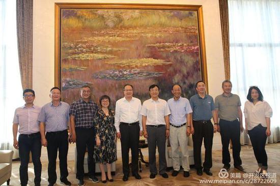 西安高新区党工委书记钟洪江带队赴浙江考察安吉天使小镇