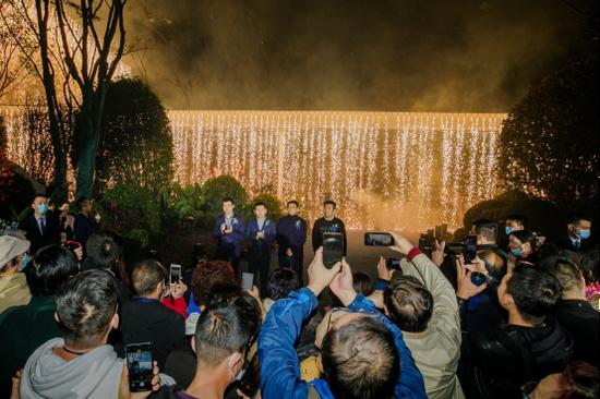 西安史上最震撼的示范区开放|龙湖·天曜惊艳全城
