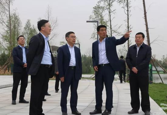 """今天上官吉庆市长来这里~大西安东部""""滨水花园""""接下来要这"""