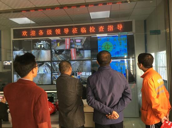 西安地铁9号线盾构施工顺利穿越灞河(图)