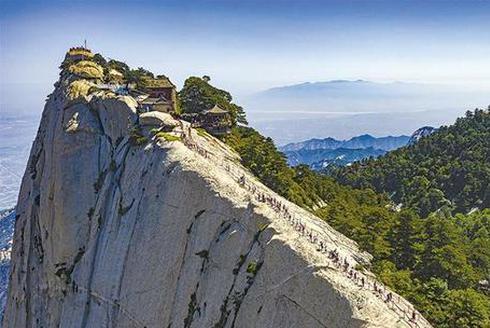 华山:两大千年古都的支点