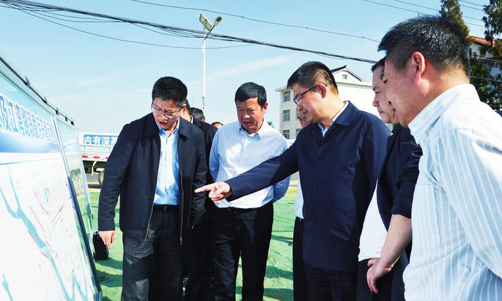 王建军调研中心城区道路项目建设