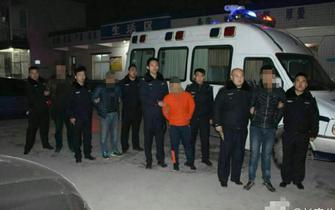 西安出租司机抢客源 围堵高校大巴被拘