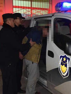 两16岁男孩对他人恐吓 抢走320元被拘留