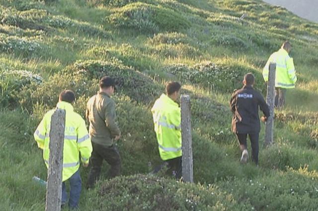 三男子进山未归急坏家属 二十多人连夜搜救