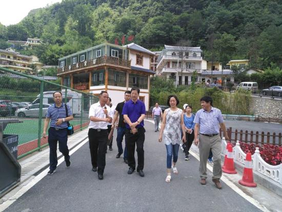 """周至县赴六盘水市考察学习农村""""三变""""改革成功经验"""